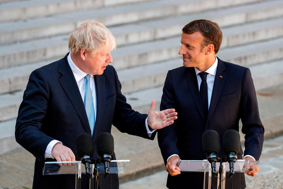 Der britische Premierminister Boris Johnson und Frankreichs Staatspräsident Emmanuel Macron (r.).