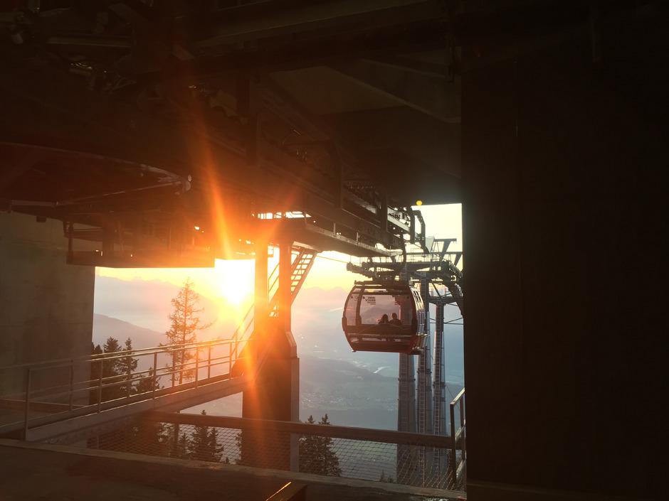 Jeden Donnerstag fährt die Patscherkofelbahn bis 23 Uhr, die Besucherfrequenz konnte im heurigen Sommer gesteigert werden.
