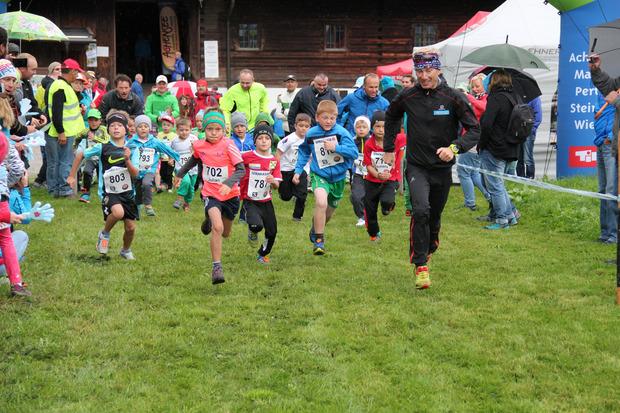 Der Achenseelauf mutierte zum Lauffest für Jung und Alt – der Hauptlauf findet erst am Sonntag statt.