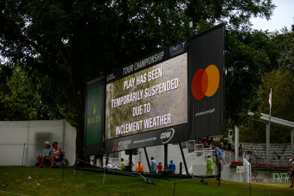 Das Turnier war kurz vor dem Blitzeinschlag unterbrochen worden.