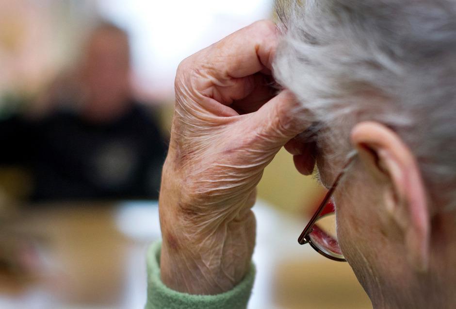 Wenn das Gedächtnis nicht mehr will, sind alte Menschen auf ihre Angehörigen angewiesen.