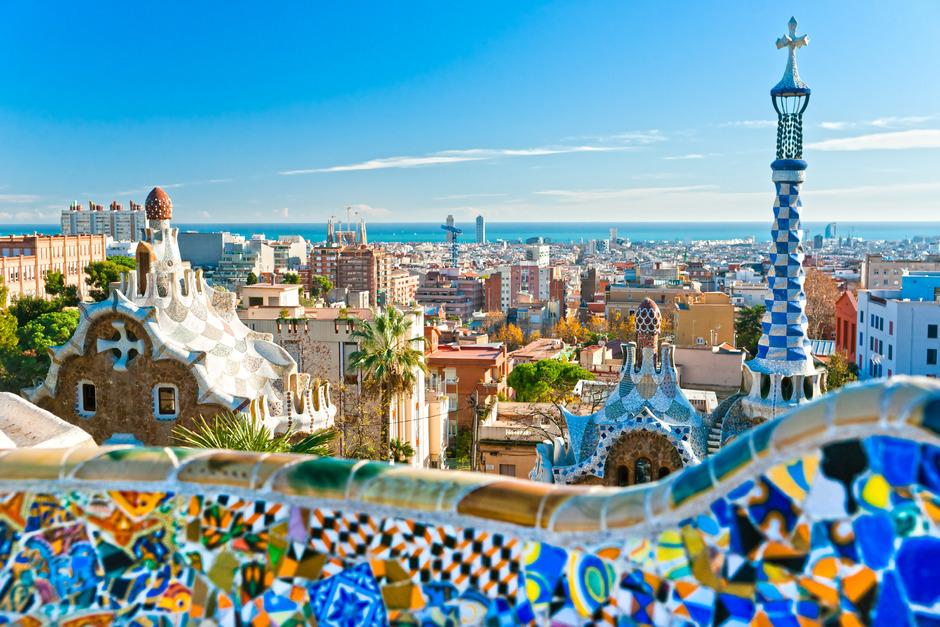 Barcelona ist eine beliebte Metropole für Urlauber aus der ganzen Welt.