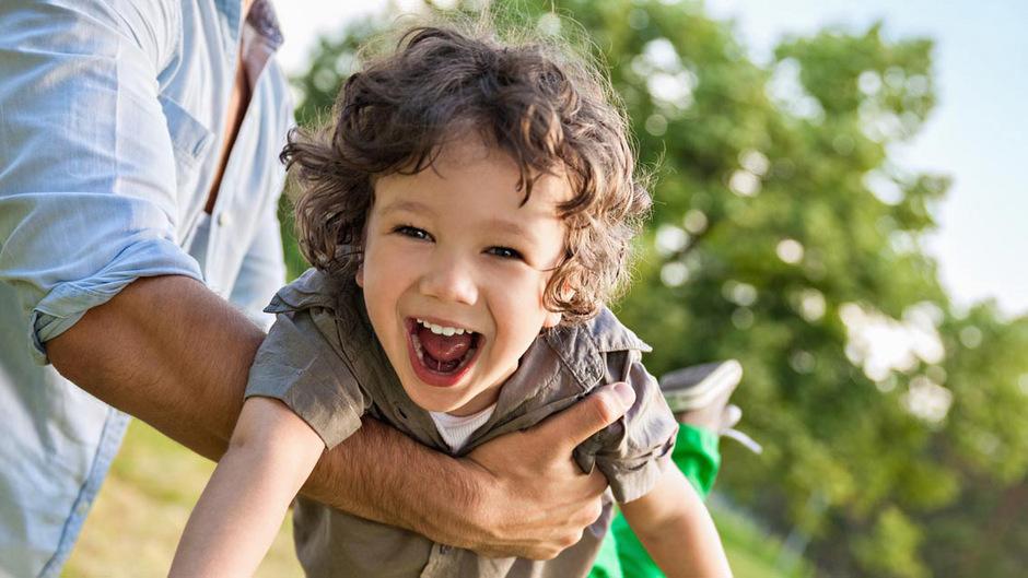 Die meisten Erwachsenen haben es verlernt: Kinder begeistern sich alle zwei bis drei Minuten für etwas