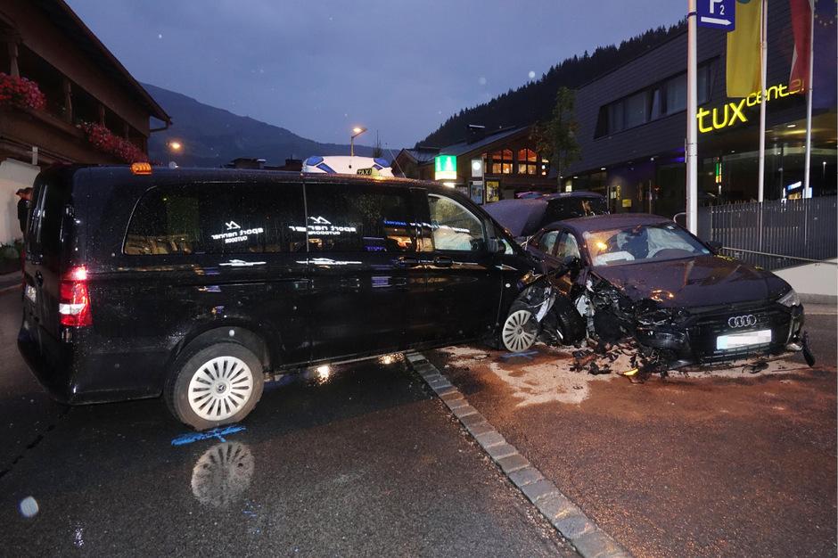 Bei dem schweren Unfall in Tux am Montag wurden vier Personen verletzt.