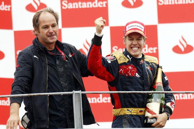 Als Teammitbesitzer bei Toro Rosso (2006) feierte er mit Sebastian Vettel (GER) in Monza den größten Erfolg seiner zweiten Karriere.