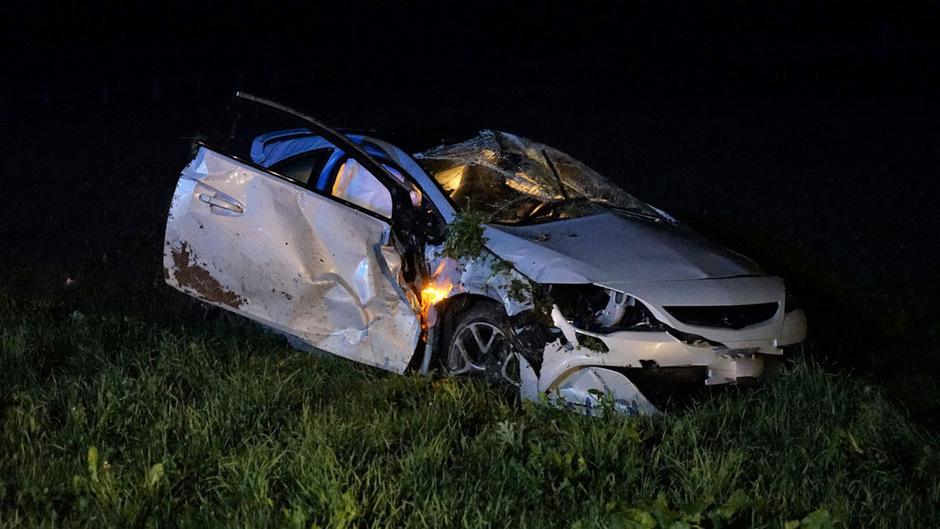 Das Auto erlitt bei dem Unfall Totalschaden.