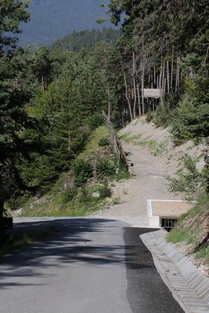 Das wichtigste Drittel der Arbeiten zum Schutz der Siedlung oberhalb von Karres ist bereits erledigt.