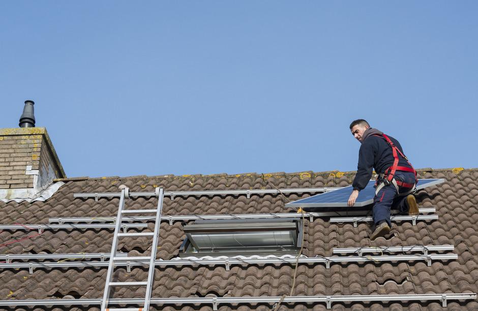 Der Ausbau der Photovoltaik gilt als vertretbar, da bestehende Flächen – wie etwa Hausdächer – verwendet werden können.