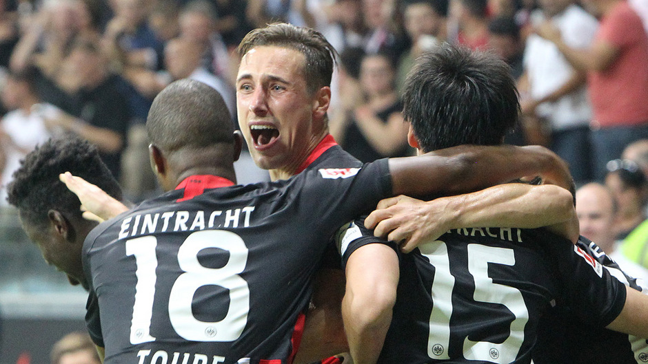 Freude bei Frankfurts Spielern.
