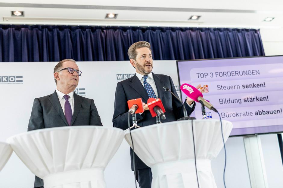 Präsident Harald Mahrer und Generalsekretär  Karlheinz Kopf  zu den Forderungen der heimischen Unternehmen an die nächste Regierung.