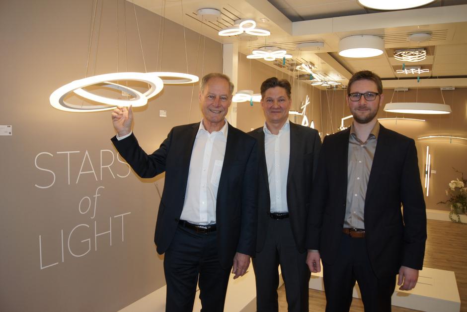 Eglo-Gründer Ludwig Obwieser (l.), Vorstandschef René Tiefenbacher (M.) und Christian Obwieser (r.).