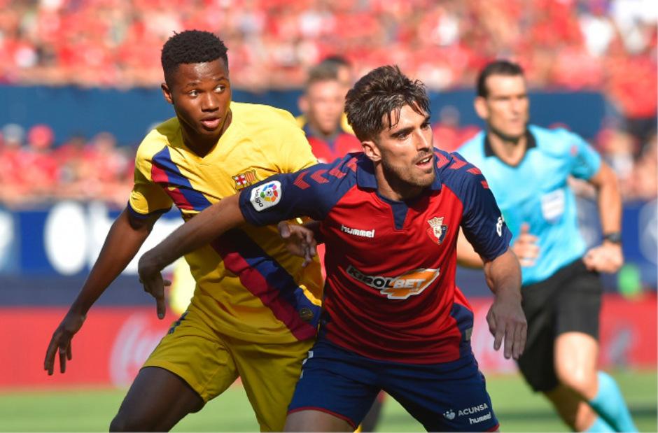 Barcelonas neuer Wunderknabe: Ansu Fati (l.).