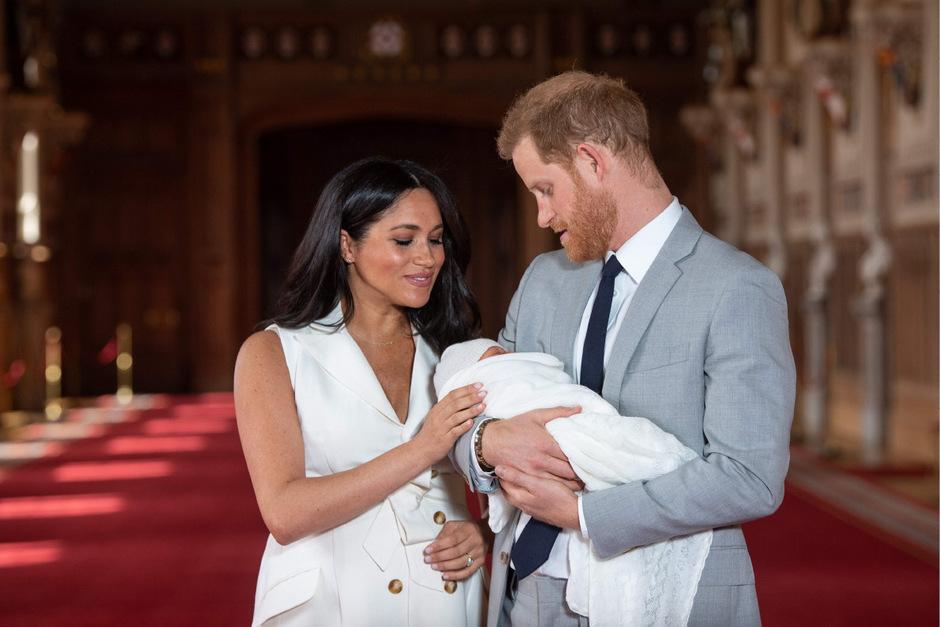 """Prinz Harry und Herzogin Meghan mit ihrem """"Wonneproppen"""" Archie."""