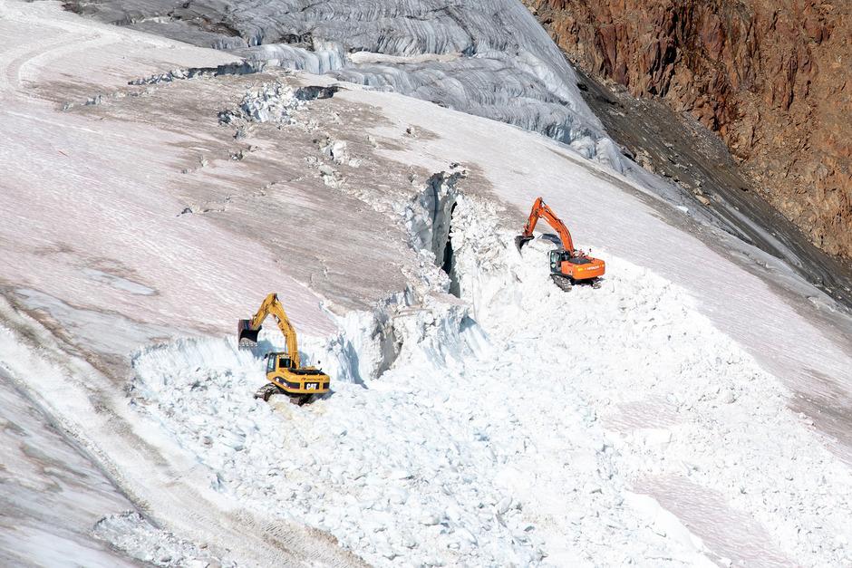 """""""Im Sommer werden Skigebiete oft zu Großbaustellen"""", warnt die Umweltschutzorganisation angesichts der Bilder aus dem Pitztal."""