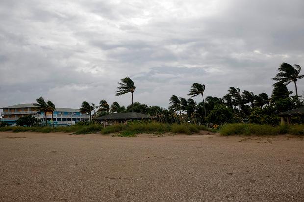 Am Montagnachmittag wurden in Florida bereits Windböen von knapp 80 Kilometer pro Stunde gemessen.