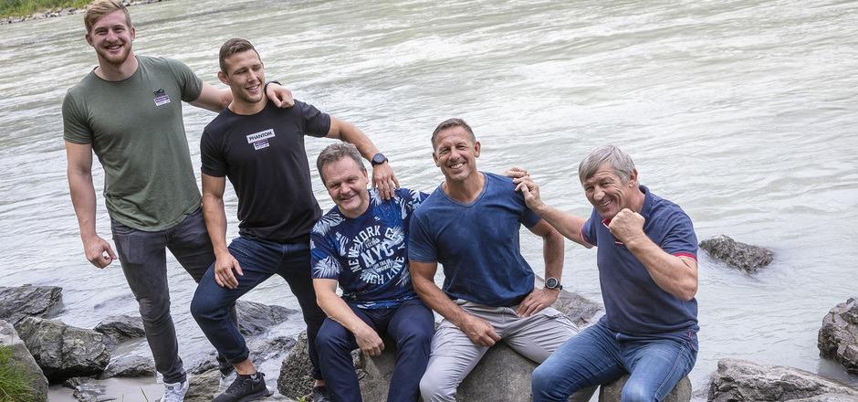 David gegen Goliath: Der AC Hötting mit Obmann Franz Pitschmann (r.) will sich im Tirol-Derby am Samstag beim RSC Inzing (Gastl, Wagner, Obmann Draxl und Trainer Krug, v.?l.) teuer verkaufen.
