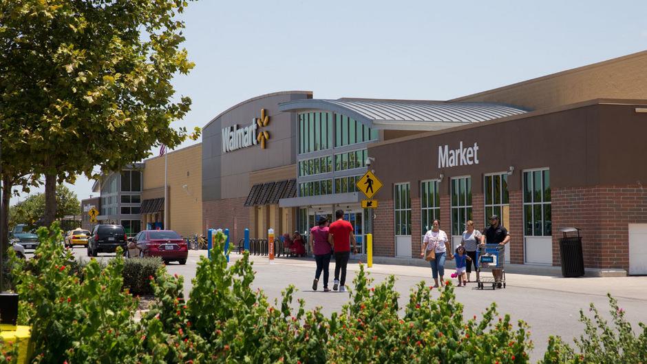 Walmart steht wegen seiner Waffenverkäufe seit langem in der Kritik.