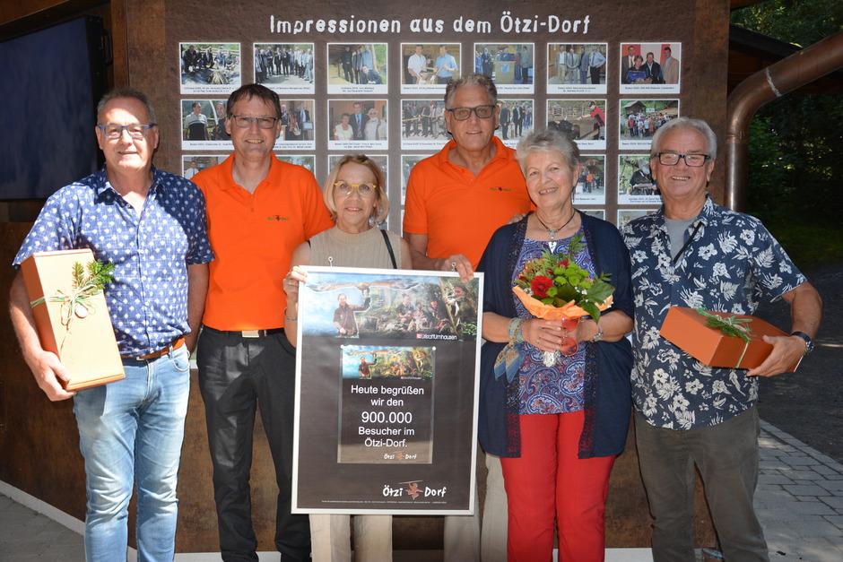 Die 900.000sten Besucher wurden jüngst im Ötzidorf begrüßt.