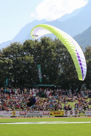 Anflug aufs Dolomitenstadion: Sollte Nebel heuer keinen Start vom Kühbodentörl zulassen, erfolgt der Start beim Hochstein.