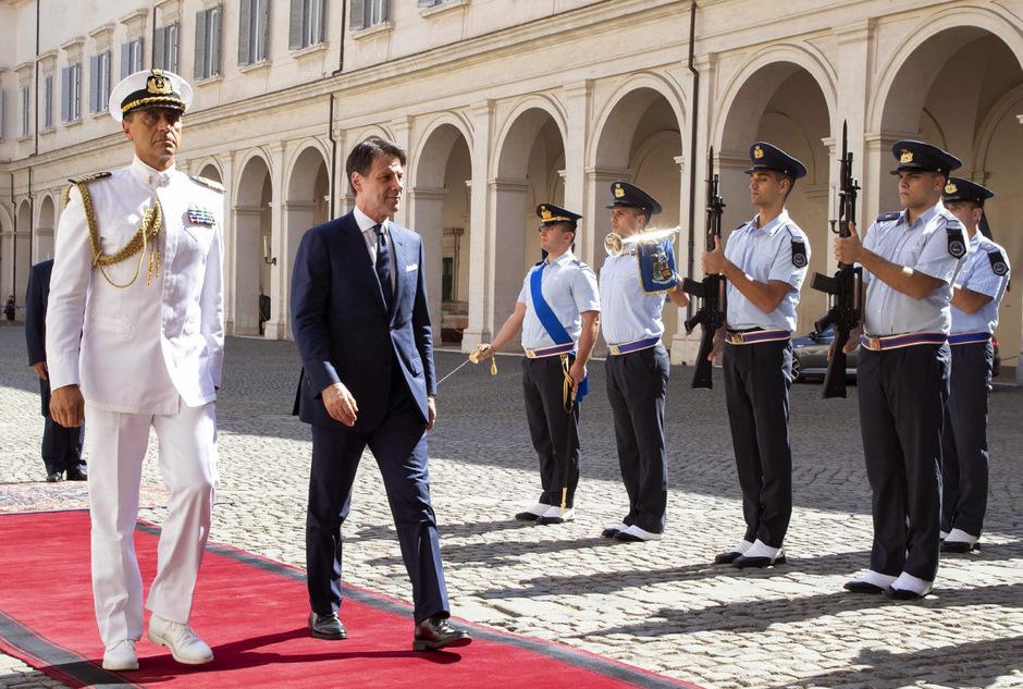 Giuseppe Conte auf dem Weg zu Staatspräsident Sergio Mattarella.