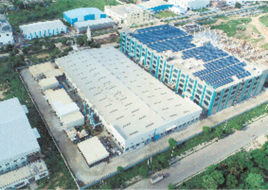 Der Standort in der Nähe von Delhi soll künftig 40.000 Leuchten pro Tag produzieren.