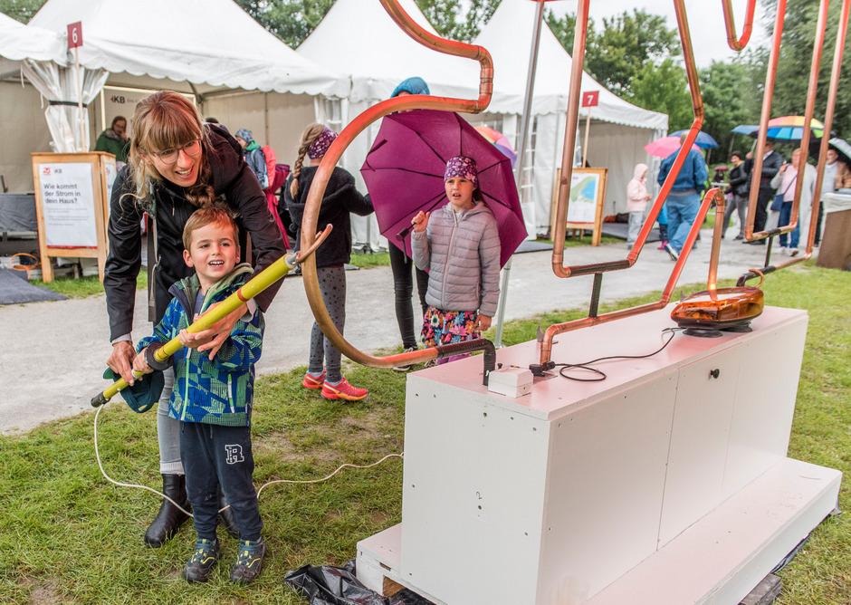 Auch für die kleinen Besucher gab es beim IKB-Fest viele Attraktionen spielerisch zu entdecken.