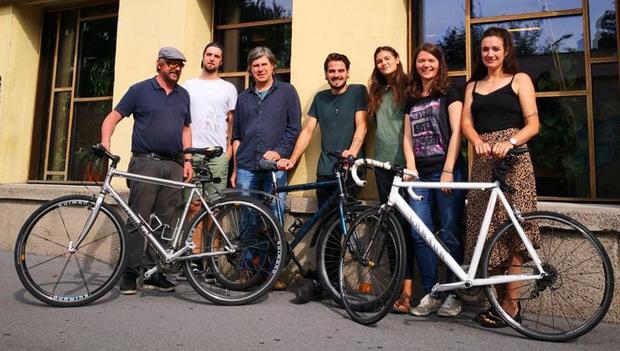 Das Organisationsteam des Radlkino mit CUBIC-Geschäftsführer Leo Kaserer freut sich auf viele Besucher.
