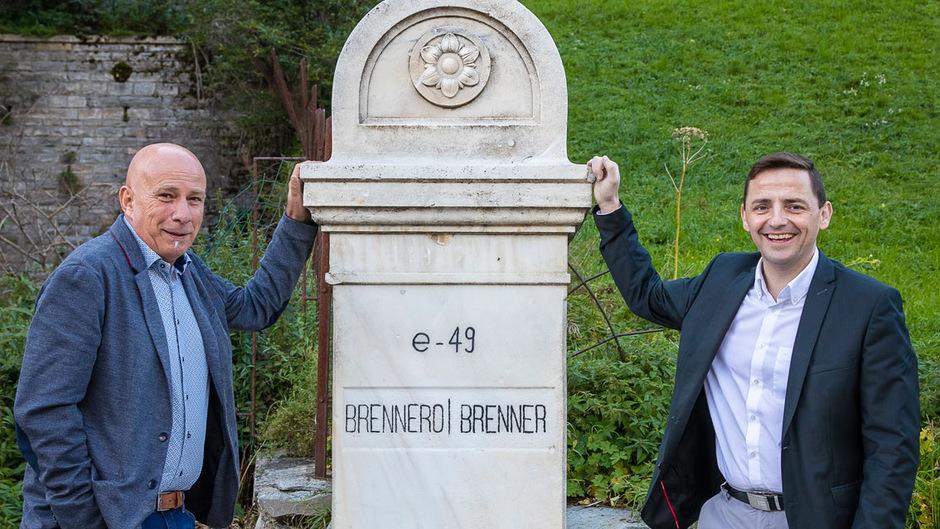 Franz Kompatscher (links, Bürgermeister Brenner) und Karl Mühlsteiger (Bürgermeister Gries am Brenner) wollen, dass Nord- und Südtirol wieder enger zusammenwachsen.