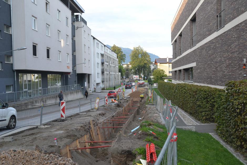 Die Baustelle in der Poststraße ist für den städtischen Verkehr ein Problem.