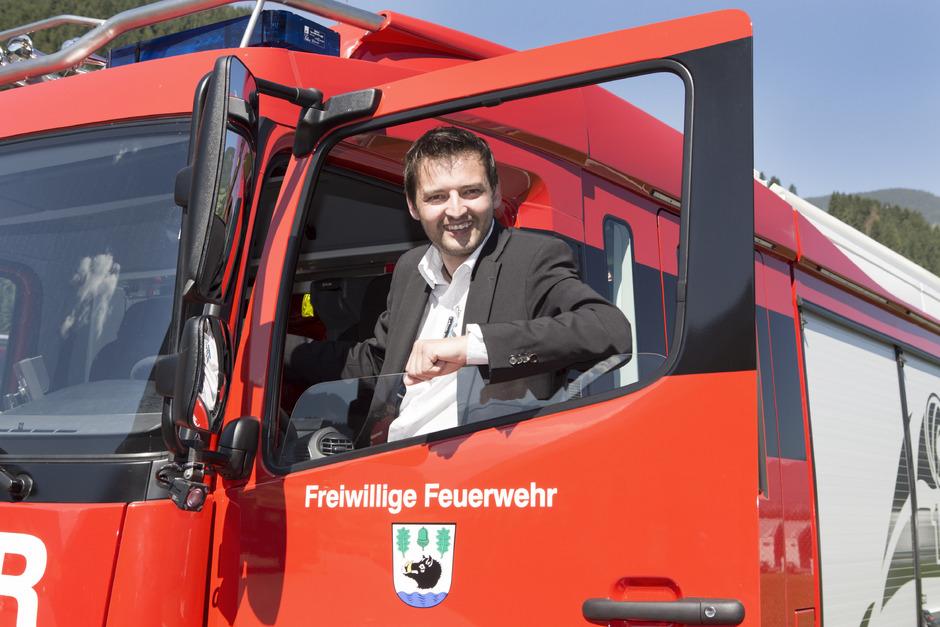Joe Empl, der vierte Josef im Familienunternehmen, betreut Kunden aus aller Welt, aber auch hiesige Feuerwehren.