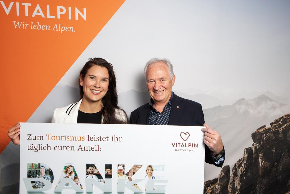 Vitalpin (Theresa Haid und Hannes Parth), Interessensgemeinschaft für alpines Wirtschaften, bedankt sich bei der Bevölkerung.