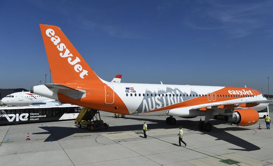 """Das erste """"Easyjet Europe"""" -Flugzeug unter OE-Hoheitszeichen am vergangenen Donnerstag in Wien-Schwechat."""