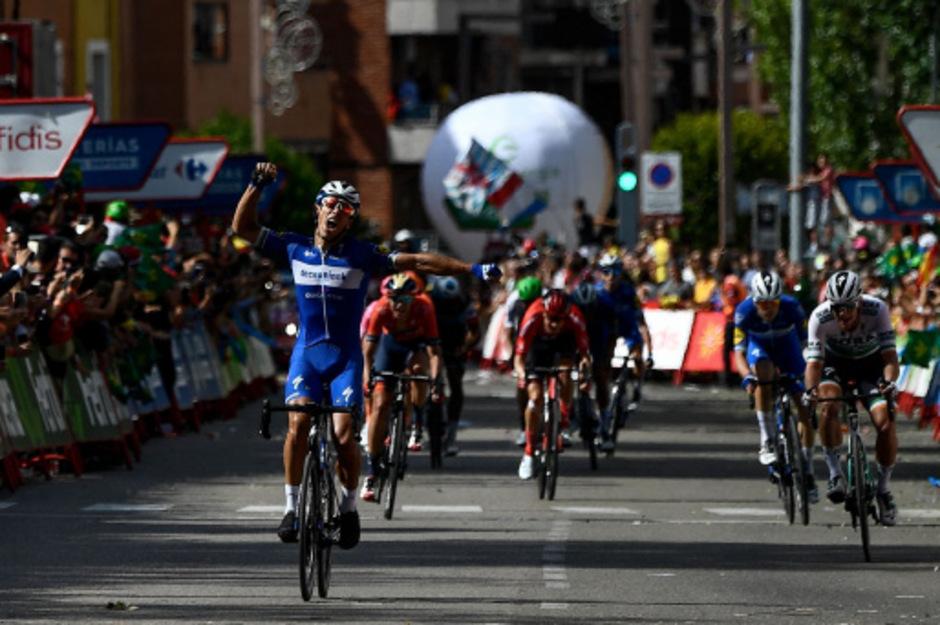 Der 37-jährige Belgier Philippe Gilbert setzte sich nach 219,6 Kilometern von Aranda de Duero nach Guadalajara im Sprint einer Ausreißergruppe durch.