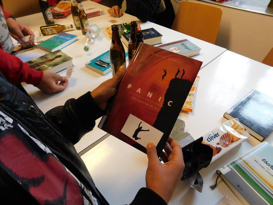 So spannend kann Leseförderung sein: Die Imster Stadtbücherei punktet bei Jugendlichen, bald auch bei Kindern, durchs Rätselknacken.