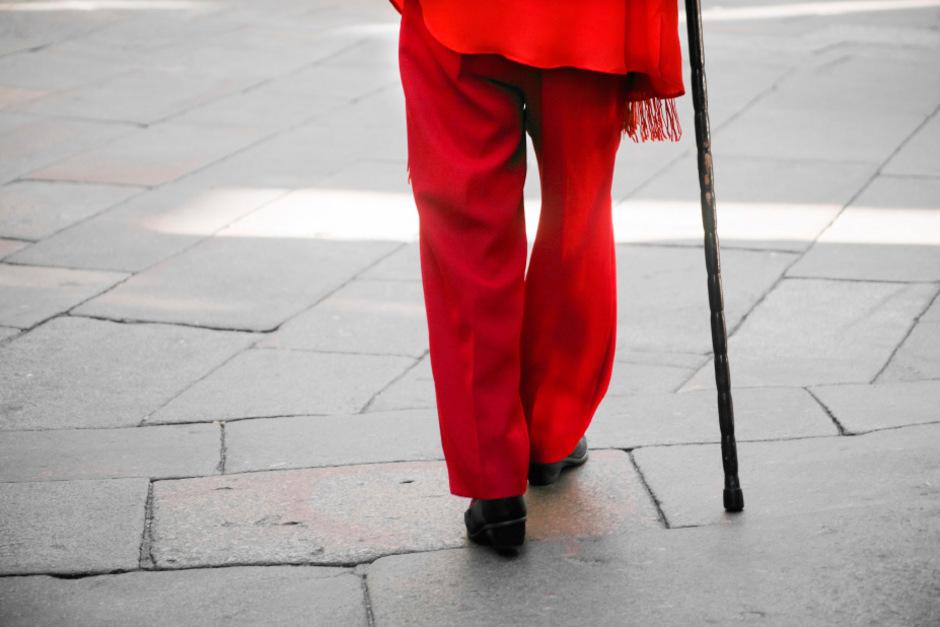 Ein Unfall riss eine Tirolerin aus ihrem bisherigen Leben. Der Weg zur vertragsgemäßen Leistung durch die Unfallversicherung gestaltete sich für die Invalide dann unerwartet steinig.