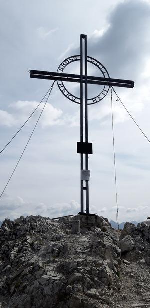 Der Höhepunkt der Tour ist das Gipfelkreuz der Reither Spitze.