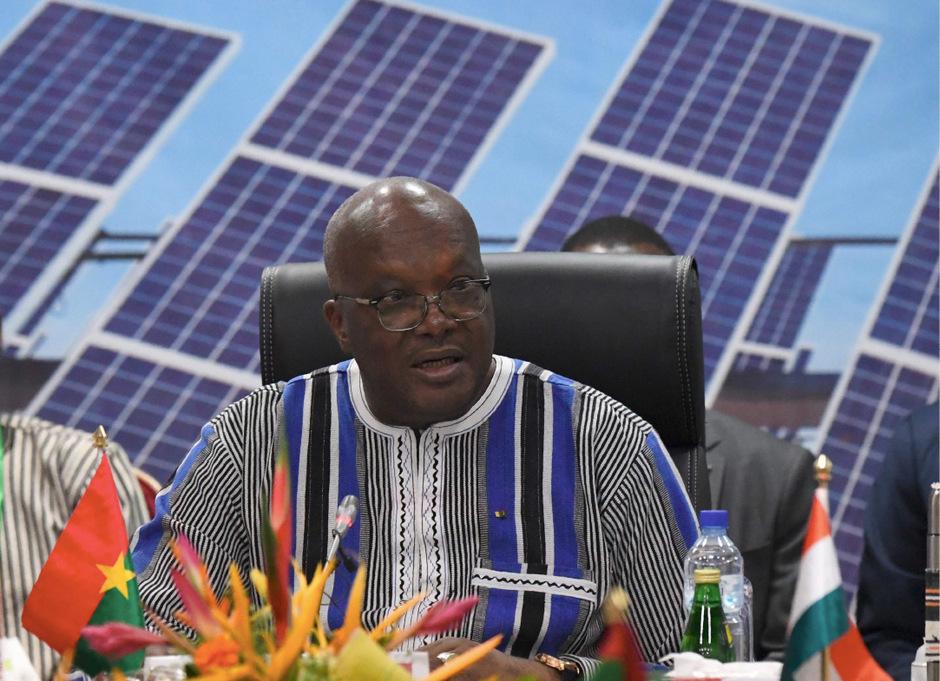 Präsident Roch March Christian Kabore spricht in Burkina Faso über die Energiepläne der Sahel-Länder.
