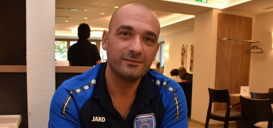 Erol Karamollaoglu will nicht aufgeben – ein eigener Fußballplatz für den FC International Reutte soll gefunden werden.