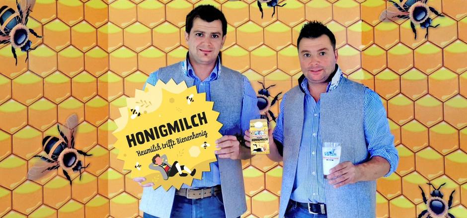 Heinrich (l.) und Christian Kröll von der ErlebnisSennerei Zillertal präsentieren ihre Weltneuheit: die Honigmilch.