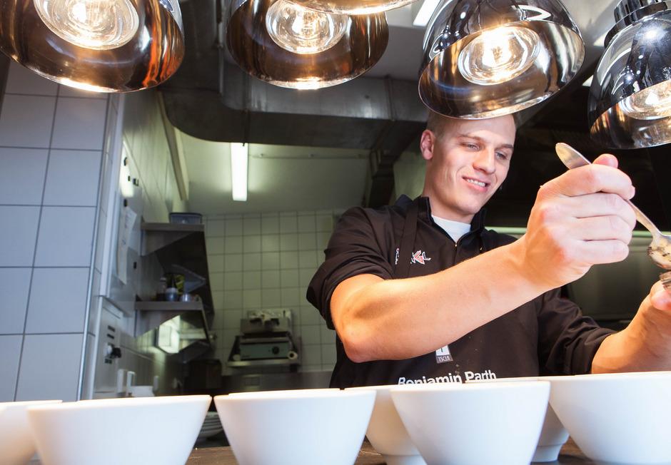 Die Küche ist seine Wirkungsstätte: Benjamin Parth ist einer der besten Köche Tirols.