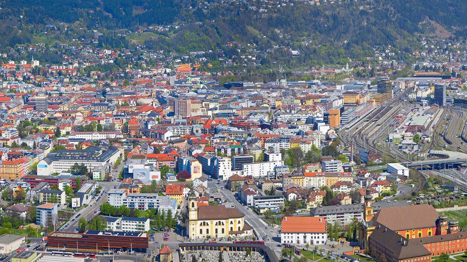 Rund 34.000 Studierende in Innsbruck (Unis, MCI, FHs) lassen die Nachfrage nach Wohnungen in allen Kategorien enorm steigen.Foto: