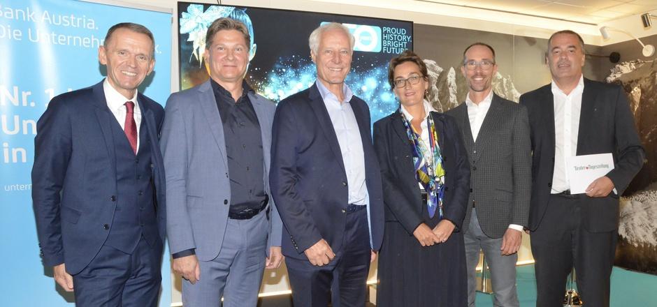 Markus Sappl, René Tiefenbacher, Ludwig Obwieser, Susanne Wendler, Bernd Hufnagl und Alois Vahrner (v.l.) gestalteten den Info-Abend.