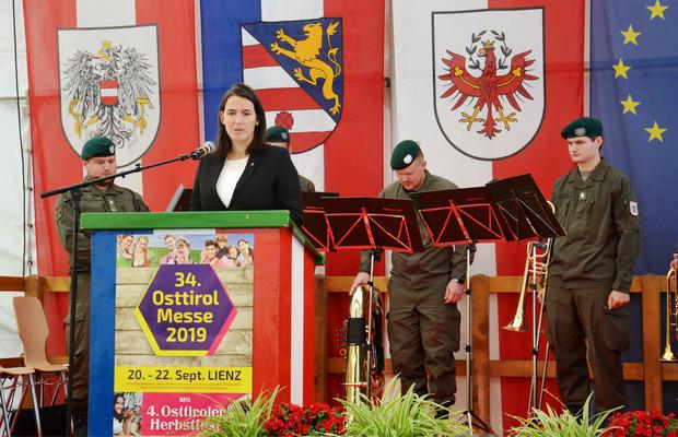 Die Europa-Abgeordnete Barbara Thaler sprach zur Eröffnung.