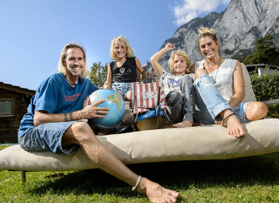 Wieder daheim in Innsbruck träumt Familie Orley noch von ihren Reisen.