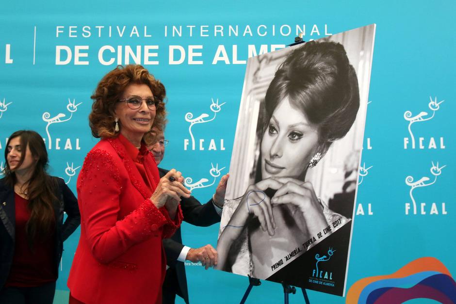Die Schauspielerin Sophia Loren (geb. 1934), gilt als die letzte echte Filmdiva.