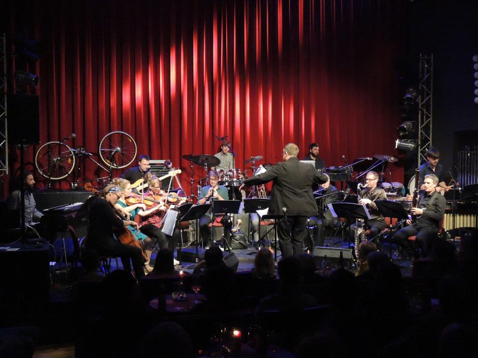 """""""Studio Dan"""" unter Daniel Riegler ist bekannt für anspruchsvollste Projekte, eines davon ist Frank Zappa gewidmet."""