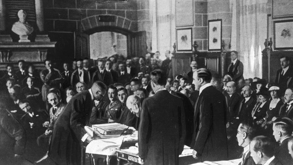 Der Nachfolgestaat der Donaumonarchie wurde mit Deutschland als Urheber des Ersten Weltkrieges bezeichnet.
