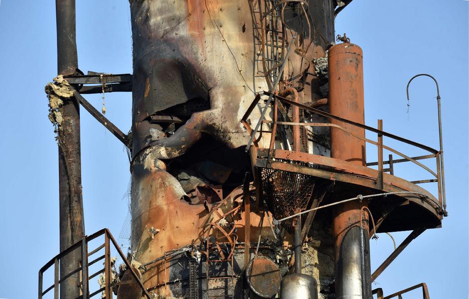 Am Freitag veröffentlichte Bilder zeigen die Zestörung an den Ölanlagen.