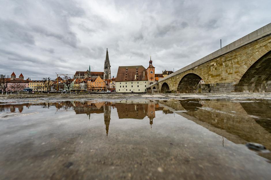 Blick auf die Altstadt von Regensburg (Archivbild).