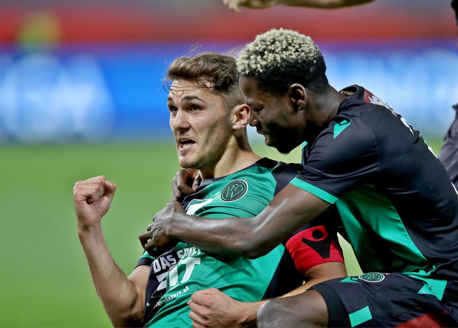 Kam, sah und traf gleich bei seiner Rückkehr in die Startelf zur 1:0-Führung in Graz: Wacker-Kapitän Murat Satin (l.).